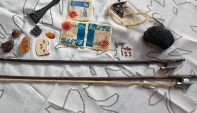 Příslušenství k smyčcovým nástrojům - housle, viola - houslové smyčce