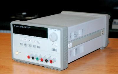 AGILENT E3631A, programovatelný napájecí zdroj, 80W