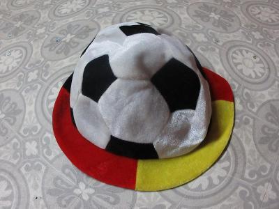 čepice fotbal