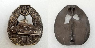 ČSR 1 republika ODZNAK ÚTOČNÁ VOZBA - TANK medaile 60x50 replika