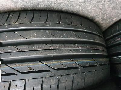 225/50R18  95W   Bridgestone Turanza T001