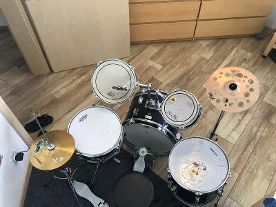 dětskou bicí soupravu Milenium