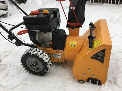Sněhová fréza STIGA ST202 (stav nové)