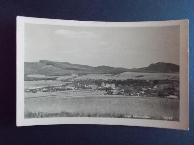 Zlín Fryšták celkový pohled přes obilné pole
