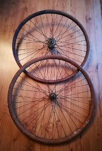 Velmi stará originální dřevěná vyplétaná kola na bicykl RARITA