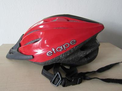 Kvalitní cyklistická přilba ETAPE MAGNUM/Vel: S/M 52-58cm