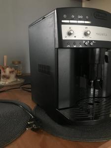 DeLonghi ESAM 3000 b - Magnifica