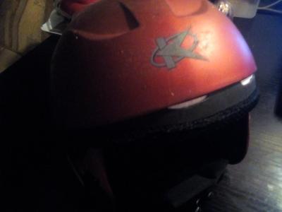 lyžařská přilba -helma