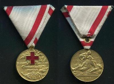 ČERNÁ HORA. Zlatá medaile za zásluhy o Červený kříž 1912 - 1913.