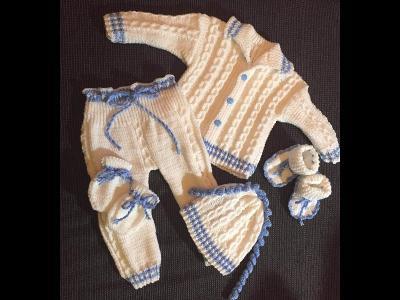 Pletená soupravička na mimčo čepička ,svetřík, atd