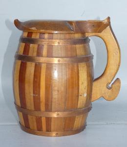Pivní dřevěný korbel