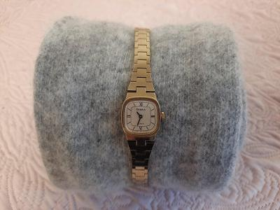 Dámské hodinky zn. Chaika, starožitné