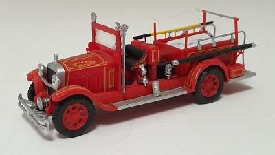 Studebaker Fire Truck 1928 USA - Hasičské vozidlo 1:72