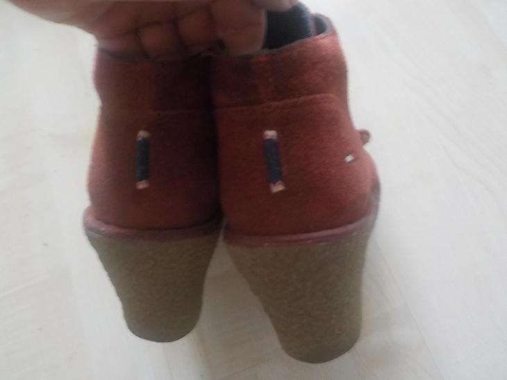 Tommy Hilfiger celokožene botky červene vel 38 - Dámské boty