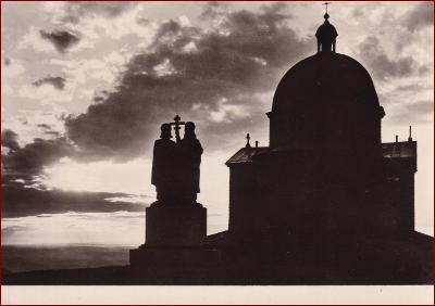 Beskydy * Radhošť, kostel, socha, západ slunce * V484