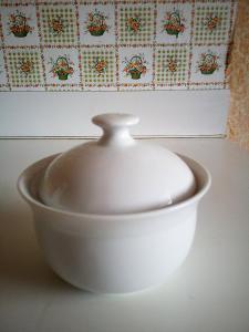 Porcelánová cukřenka