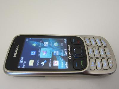 Mobil NOKIA 6303c/Krásný stav/Mobilní tlačítkový telefon