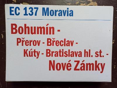 Směrová cedule ZSSK - EC 137 MORAVIA