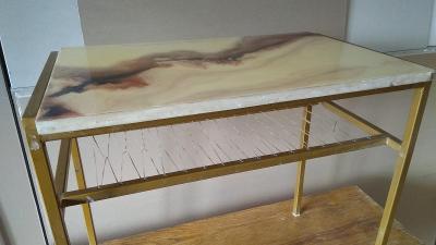 Konferenční retro kovový stolek TV