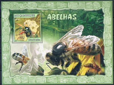 Mosambik 2007 Včely Mi# Block 215 Kat 10€ 2309
