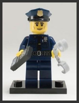 LEGO - figurka Policista (série 9)