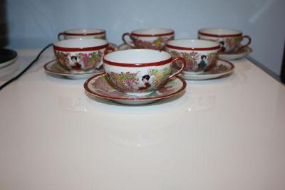 porcelánový servis -čínský motiv
