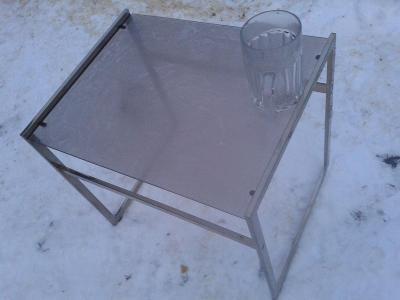 konferenční stolek  kov+sklo  -viz foto