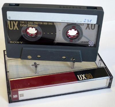 10x Audio kazeta SONY UX 90
