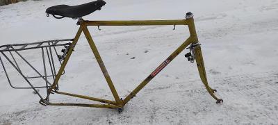 FAVORIT F 1965 kostra Zlatý raritní rám 58cm VETERÁN Doprava ZDARMA