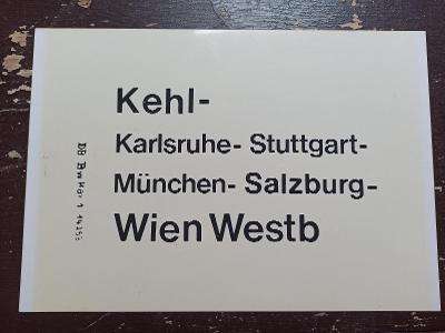 Směrová cedule DB - D (Kehl - Wien - Karlsruhe)