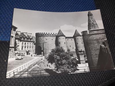 Pohlednice z roku 1967 Varšava, prošlé poštou.