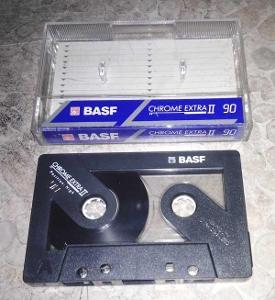 Kazeta audio BASF CHROM  C90 TYP II