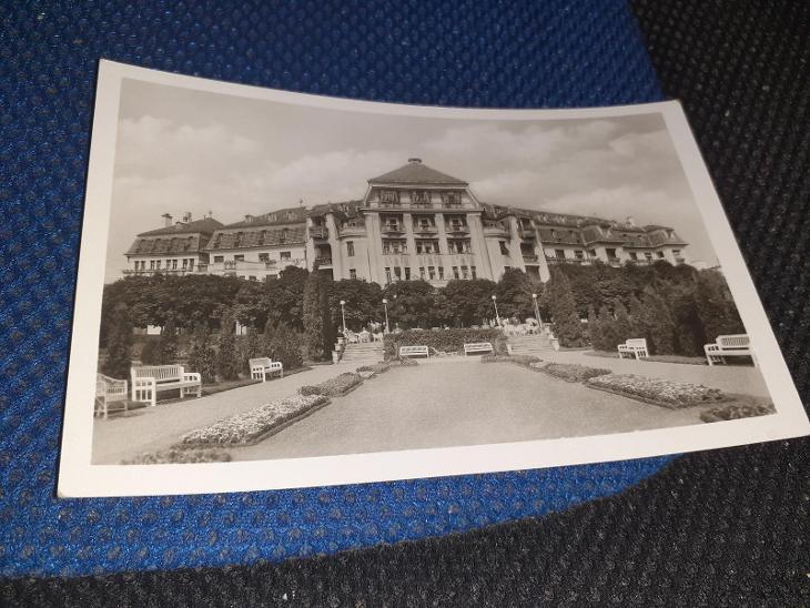 Pohlednice Šťastné Kúpele Piešťany - Hotel Thermia Palace, neprošlé. - Pohlednice