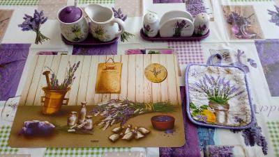 Kuchyňský set s motivem levandule