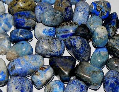 Hrst lapisu lazuli modrobílého, velké kameny 25g