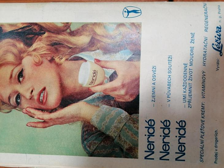 Časopis Praktická žena 1973/11 + střihová příloha  - Antikvariát