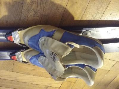Pouzite bezky, vazani a boty velikosti 42 k predani v Praze