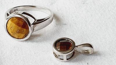 Ag stříbrný prsten a přívěsek s tygřím okem č.23.Rhodium