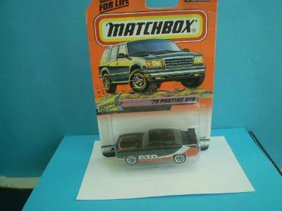 MATCHBOX - 71 1970 PONTIAC GTO r.v.1999 - NEROZBALENÝ