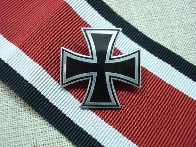 NĚMECKO odznak železný kříž IRON CROSS medaile replika