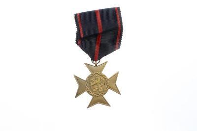 Vyznamenání SPB za věrnost 1939-1945 Široká verze