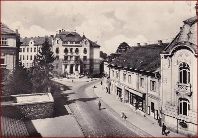 Žilina * Leninova ulice, obchody, část města * Slovensko * V998