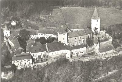 KŘIVOKLÁT - hrad - pohled z letadla - Rakovník