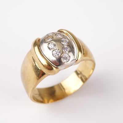 Zlatý prstýnek s kamínky v60
