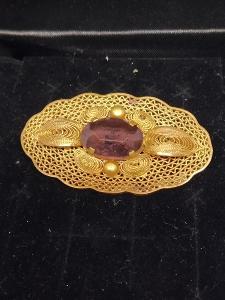 Starožitná zlacená brož s kamínkem FILIGRÁN.