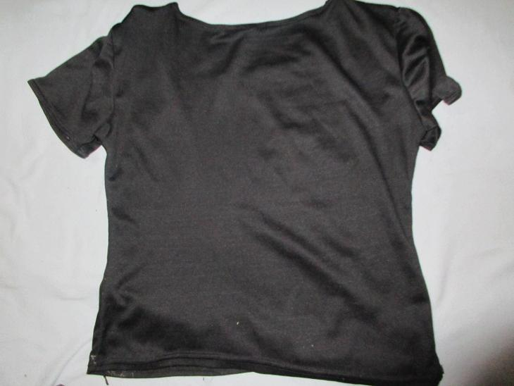 triko -černé-kytky - Dámské oblečení