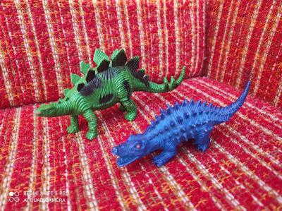 Figurky dinosauři
