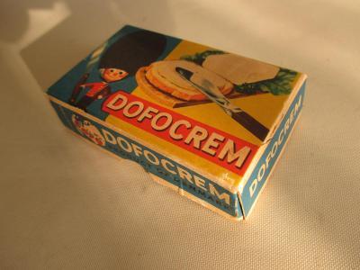 Stará krabička od Dofocrem Denmark pro panenky