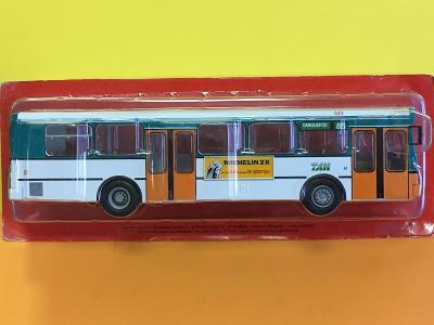 Autobus Heuliez - zelenobílá kombinace  - Hachette 1/43 (D4-A5)
