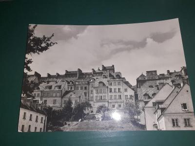 Pohlednice z roku 1973 Varšava, prošlé poštou.